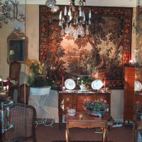 furniture and art objects from 18th centure for weeding list,
